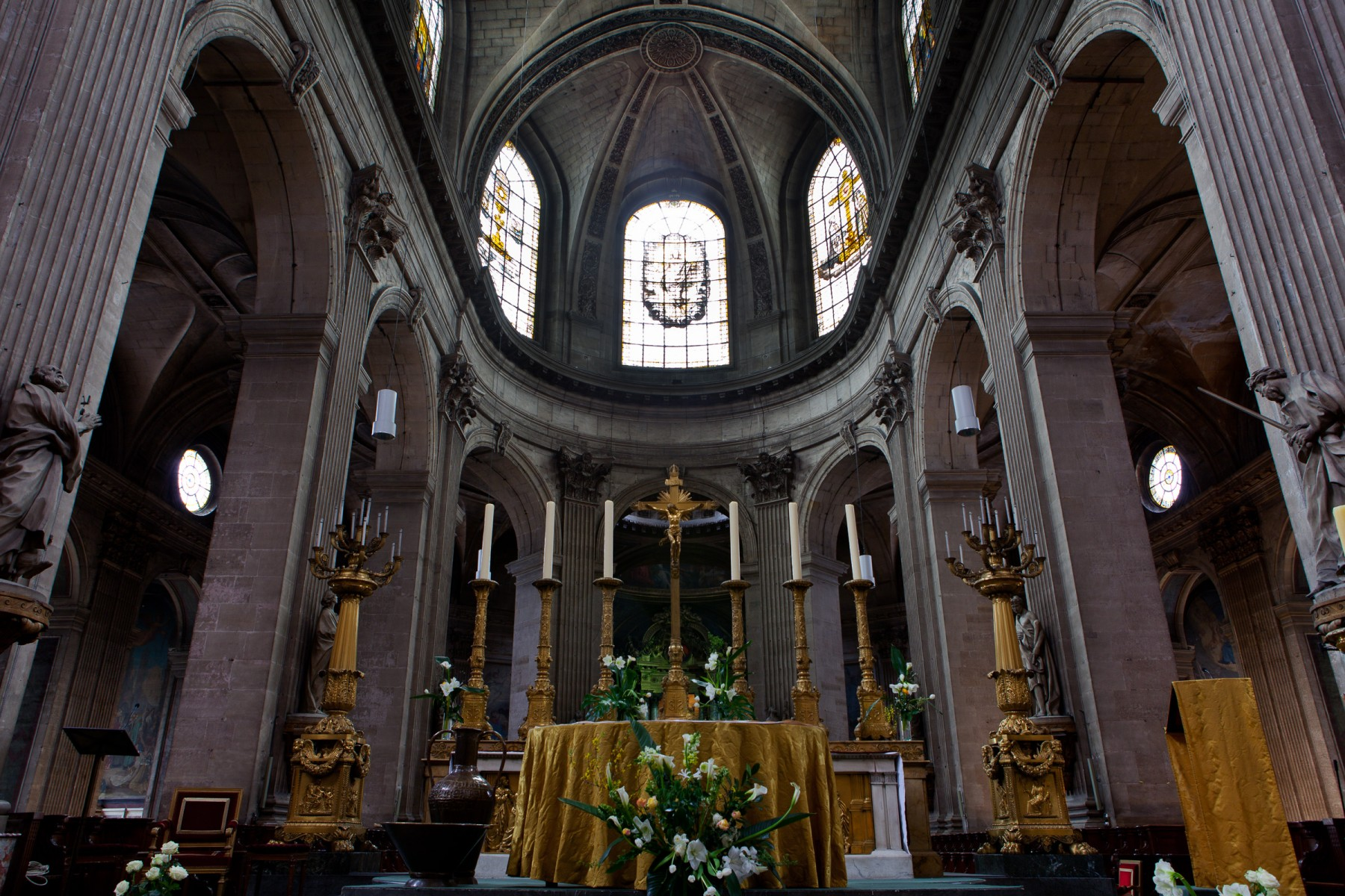 The alter of Saint-Sulpice