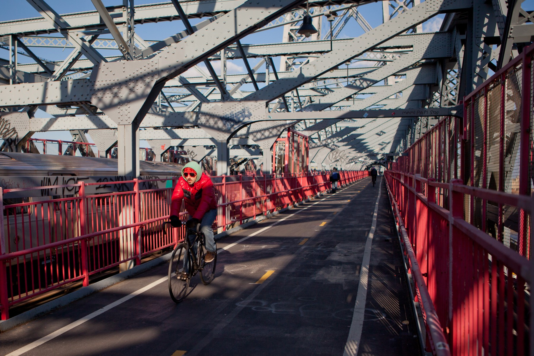 Cyclist on the Williamsburg Bridge