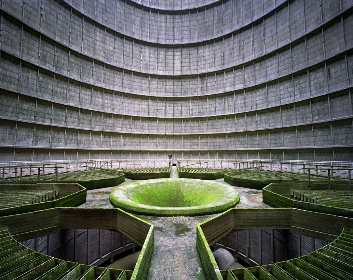 54526b6e7554ccooling-tower_power-plant_monceau-sur-sambre_-copyright_yves_marchand_romain_meffre-courtesy_polkagalerie