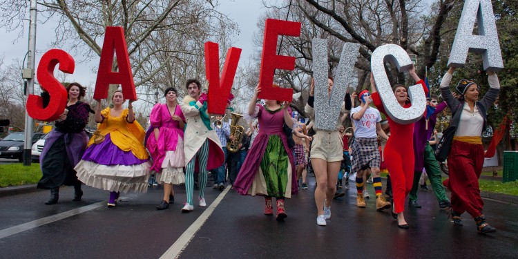 Demonstrators walk down St Kilda road at the VCA rally in Melbourne, 2009.