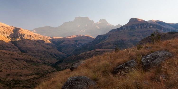 A hazy morning on the Drakensburg escarpment.